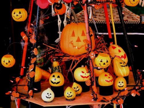 ハロウィンパーティー 飾り 手作り