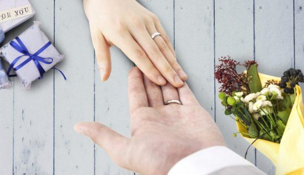 結婚指輪 つけっぱなし プラチナ