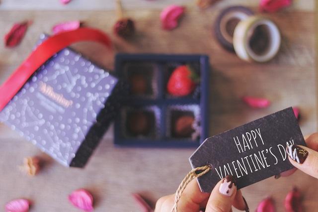 バレンタイン 渡し方 社会人